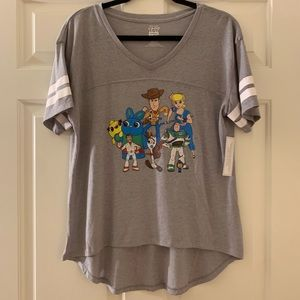 NWT DISNEY TOY STORY 4 -many characters- t-shirt